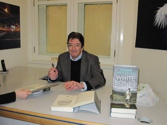 White Bones signing, Goldsboro Books 01/03/13, London